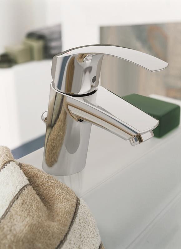 Zdjęcie Bateria umywalkowa z korkiem Grohe Eurosmart S 33265002